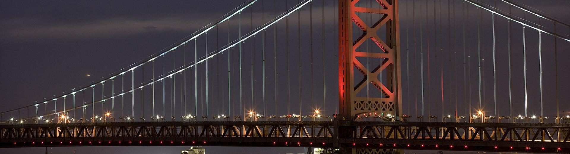 Benjamin Franklin bridge at night in Philadelphia